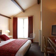 Hotel Adornes комната для гостей