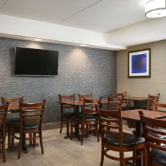 Отель Travelodge by Wyndham Toronto East питание фото 2