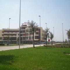 Отель Airport Tirana Албания, Тирана - отзывы, цены и фото номеров - забронировать отель Airport Tirana онлайн спортивное сооружение