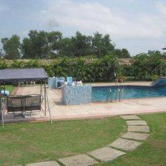 Отель AXARI Калабар бассейн