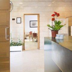 Отель Apartamentos Attica21 Portazgo интерьер отеля
