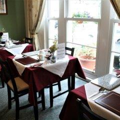 Отель Wayfarer Guest House питание фото 3