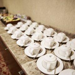 Grand Aras Hotel & Suites Турция, Стамбул - отзывы, цены и фото номеров - забронировать отель Grand Aras Hotel & Suites онлайн питание фото 3