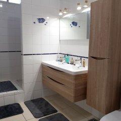 Отель Ninamu Appart Французская Полинезия, Фааа - отзывы, цены и фото номеров - забронировать отель Ninamu Appart онлайн ванная