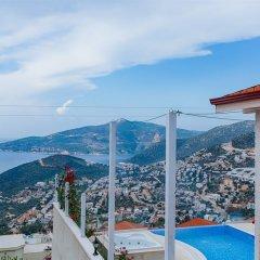 Villa Karanfil by Akdenizvillam Турция, Калкан - отзывы, цены и фото номеров - забронировать отель Villa Karanfil by Akdenizvillam онлайн балкон