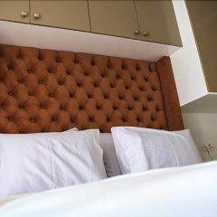Отель RENT-INN Suites Hôtel сейф в номере