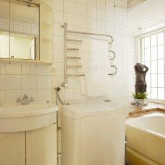 Отель Collectors Victory Apartments Швеция, Стокгольм - 2 отзыва об отеле, цены и фото номеров - забронировать отель Collectors Victory Apartments онлайн ванная фото 2