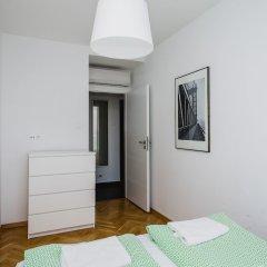 Отель Shortstaypoland Senatorska B31 Варшава комната для гостей