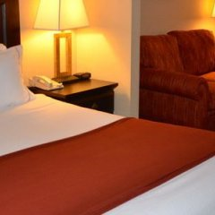 Holiday Inn Express Hotel & Suites Hinton в номере фото 2