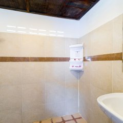 Rich Resort Beachside Hotel ванная