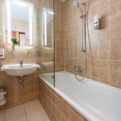 Отель Leonardo Hotel & Residenz München Германия, Мюнхен - 11 отзывов об отеле, цены и фото номеров - забронировать отель Leonardo Hotel & Residenz München онлайн ванная фото 2