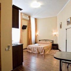 Гостиница Мини-Отель Анна в Ялте 9 отзывов об отеле, цены и фото номеров - забронировать гостиницу Мини-Отель Анна онлайн Ялта комната для гостей фото 7