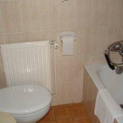 Отель La Cala Испания, Курорт Росес - отзывы, цены и фото номеров - забронировать отель La Cala онлайн ванная
