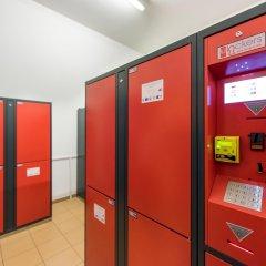 Отель a&o Berlin Mitte Германия, Берлин - 4 отзыва об отеле, цены и фото номеров - забронировать отель a&o Berlin Mitte онлайн банкомат