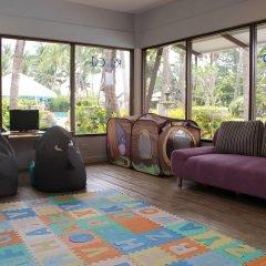 Отель Thavorn Palm Beach Resort Phuket Таиланд, Пхукет - 10 отзывов об отеле, цены и фото номеров - забронировать отель Thavorn Palm Beach Resort Phuket онлайн интерьер отеля фото 3