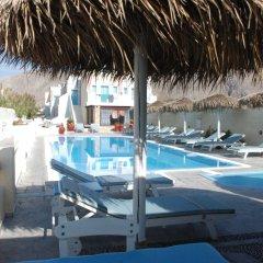 Отель Sea La Vie Beachfront Suites Греция, Остров Санторини - отзывы, цены и фото номеров - забронировать отель Sea La Vie Beachfront Suites онлайн бассейн фото 3