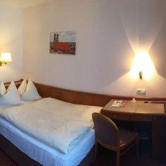 Hotel Carmen комната для гостей