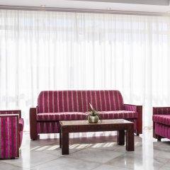 Отель Globales Condes de Alcudia интерьер отеля
