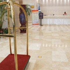 Aviation Hotel бассейн