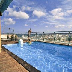 Hotel Artiem Capri бассейн