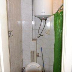 Гостиница Hostel on Kontraktova Ploshcha Украина, Киев - отзывы, цены и фото номеров - забронировать гостиницу Hostel on Kontraktova Ploshcha онлайн ванная фото 2