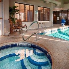 Отель Best Western Dunkirk & Fredonia Inn США, Дюнкерк - отзывы, цены и фото номеров - забронировать отель Best Western Dunkirk & Fredonia Inn онлайн бассейн фото 3