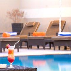 Al Khoory Hotel Apartments бассейн фото 3