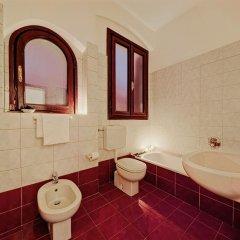 Отель Antica Locanda Sturion - Residenza d'Epoca Италия, Венеция - отзывы, цены и фото номеров - забронировать отель Antica Locanda Sturion - Residenza d'Epoca онлайн ванная фото 2