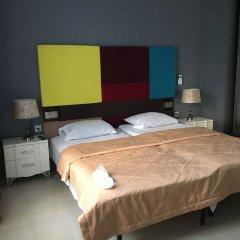 Самсонов Отель на Марата сейф в номере