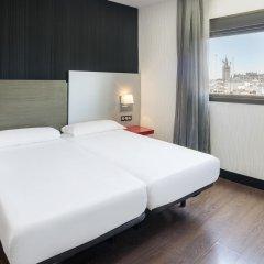 Отель Petit Palace Puerta de Triana Испания, Севилья - отзывы, цены и фото номеров - забронировать отель Petit Palace Puerta de Triana онлайн комната для гостей фото 3