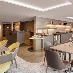 Отель Hilton Munich City Германия, Мюнхен - 9 отзывов об отеле, цены и фото номеров - забронировать отель Hilton Munich City онлайн гостиничный бар