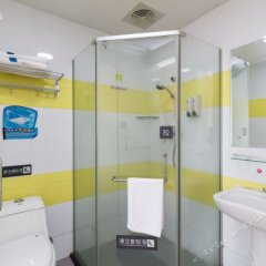 Отель 7 Days Inn (Guangzhou Panyu Changlong South High-speed Railway Station) ванная