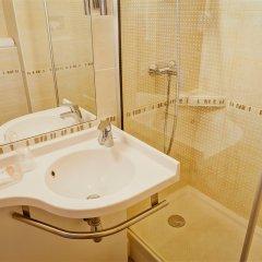 Отель Best Western Crequi Lyon Part Dieu Франция, Лион - отзывы, цены и фото номеров - забронировать отель Best Western Crequi Lyon Part Dieu онлайн ванная фото 2