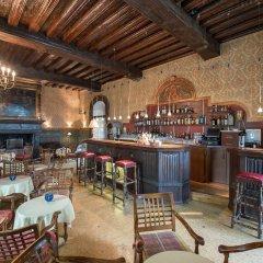 Отель Château de Coudrée Франция, Сье - отзывы, цены и фото номеров - забронировать отель Château de Coudrée онлайн гостиничный бар
