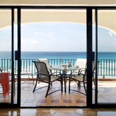 Отель Emporio Cancun балкон