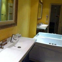 Отель Tornabuoni La Petite Suite Италия, Флоренция - отзывы, цены и фото номеров - забронировать отель Tornabuoni La Petite Suite онлайн ванная фото 2