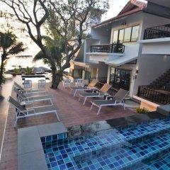 Отель Simple Life Cliff View Resort бассейн