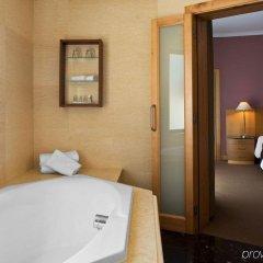 Отель Malta Marriott Hotel & Spa Мальта, Баллута-бей - отзывы, цены и фото номеров - забронировать отель Malta Marriott Hotel & Spa онлайн ванная фото 2