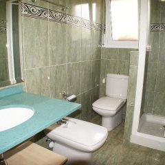 Отель Figaro Испания, Льорет-де-Мар - отзывы, цены и фото номеров - забронировать отель Figaro онлайн ванная фото 2