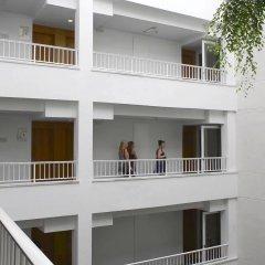 Отель JS Sol de Alcudia парковка