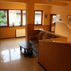 Отель Family Hotel Enica Болгария, Тетевен - отзывы, цены и фото номеров - забронировать отель Family Hotel Enica онлайн интерьер отеля фото 2