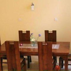 Отель Mahakumara White House Hotel Шри-Ланка, Калутара - отзывы, цены и фото номеров - забронировать отель Mahakumara White House Hotel онлайн удобства в номере