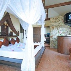 Отель Boomerang Village Resort Таиланд, Пхукет - 8 отзывов об отеле, цены и фото номеров - забронировать отель Boomerang Village Resort онлайн сейф в номере фото 2