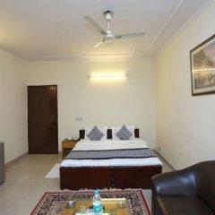 Отель OYO Rooms Govindpuri Metro 2* Стандартный номер с различными типами кроватей фото 5