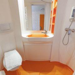 Отель easyHotel Budapest Oktogon Венгрия, Будапешт - 6 отзывов об отеле, цены и фото номеров - забронировать отель easyHotel Budapest Oktogon онлайн ванная