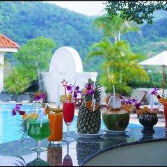 Отель The Old Phuket - Karon Beach Resort фото 3