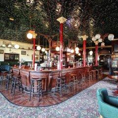 Отель Beaconsfield Hotel Великобритания, Лондон - отзывы, цены и фото номеров - забронировать отель Beaconsfield Hotel онлайн гостиничный бар