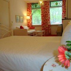 Отель Bed And Breakfast Amsterdam Нидерланды, Амстердам - отзывы, цены и фото номеров - забронировать отель Bed And Breakfast Amsterdam онлайн комната для гостей фото 3