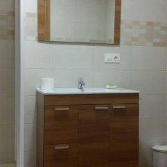 Отель Hostal O Rancheiro Испания, Виго - отзывы, цены и фото номеров - забронировать отель Hostal O Rancheiro онлайн ванная