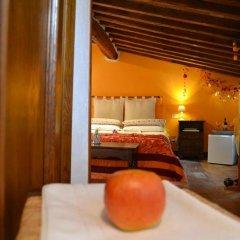 Отель B&B Le Undici Lune Италия, Сан-Джиминьяно - отзывы, цены и фото номеров - забронировать отель B&B Le Undici Lune онлайн балкон